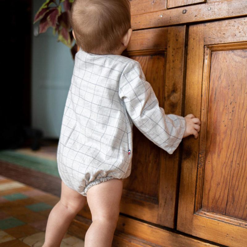 barboteuse bébé carreaux